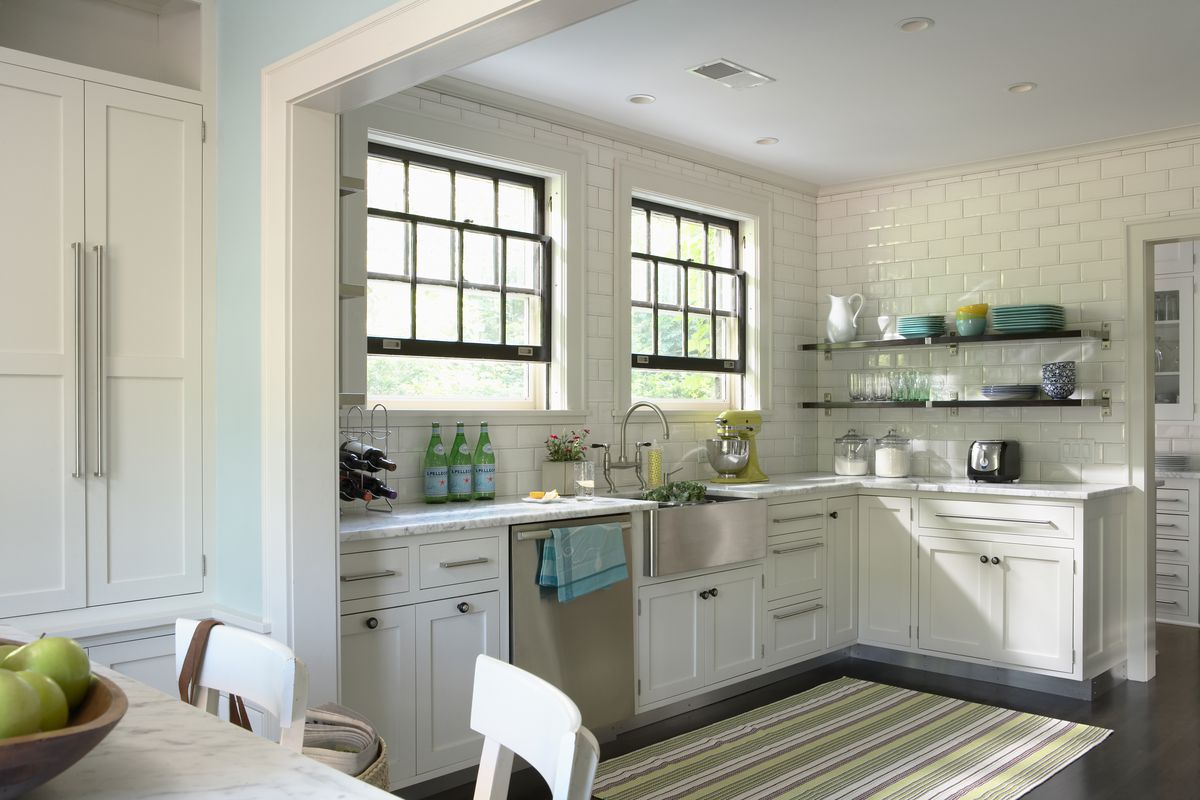 Kitchen with Stainless Steel Sink