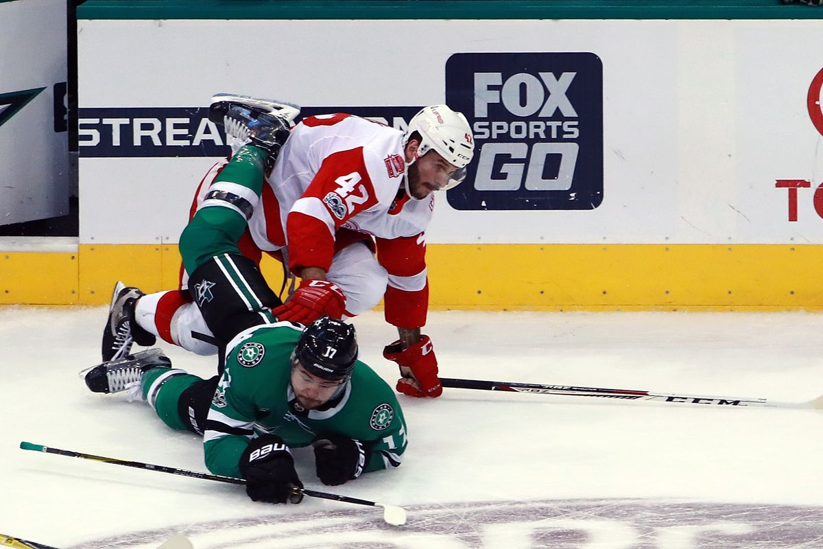 Stars Fall To Red Wings On First Game Of Road Trip Defending Big D