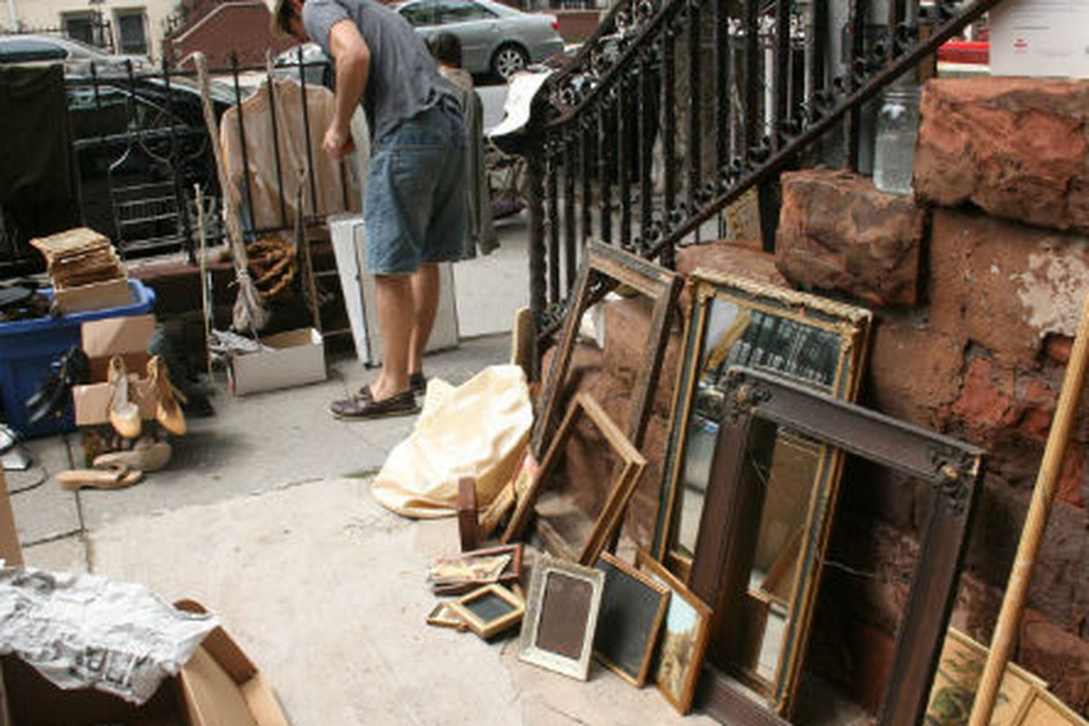 "A different stoop sale, via <a href=""http://gordonkingdean.blogspot.com/2011/07/stoop-sale.html"">Gordon, King and Dean</a>"