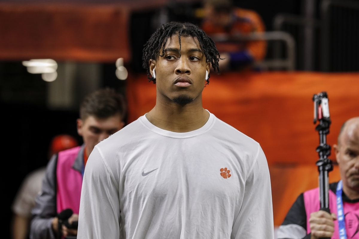 Linebacker Isaiah Simmons of the Clemson Tigers enters the field to warm-up before the College Football Playoff National Championship game against the LSU Tigers at the Mercedes-Benz Superdome on January 13, 2020 in New Orleans, Louisiana. LSU defeated Clemson 42 to 25.