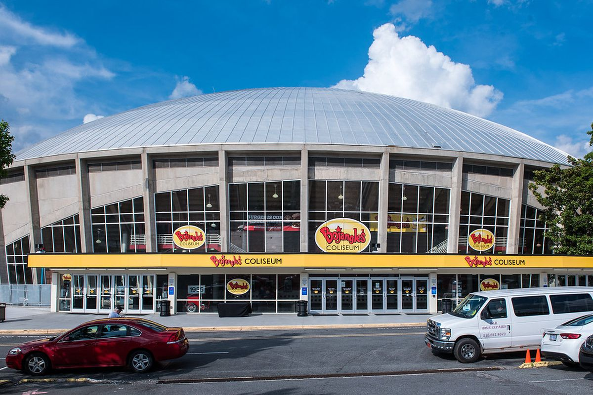 Its Bo Time A Look At Bojangles Coliseum Canes Country