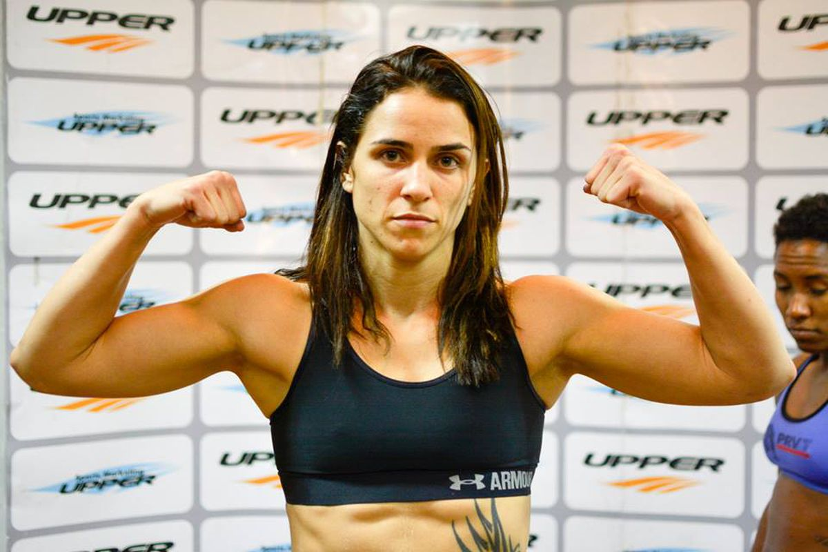 UFC signs undefeated featherweight Norma Dumont