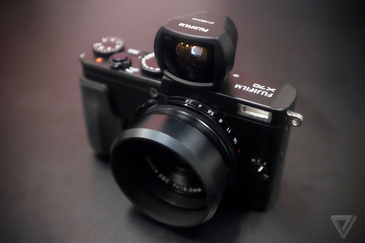 The Fujifilm X70 is a smaller, wider, and cheaper X100 - The