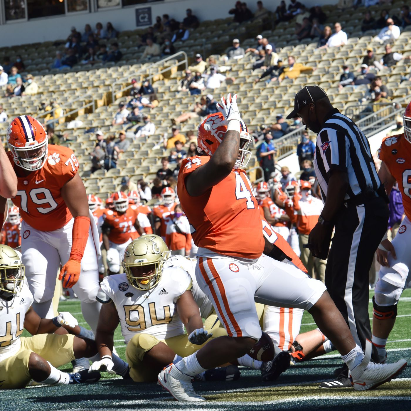 Clemson Vs Georgia Tech Tigers Destroy The Yellow Jackets Shakin The Southland