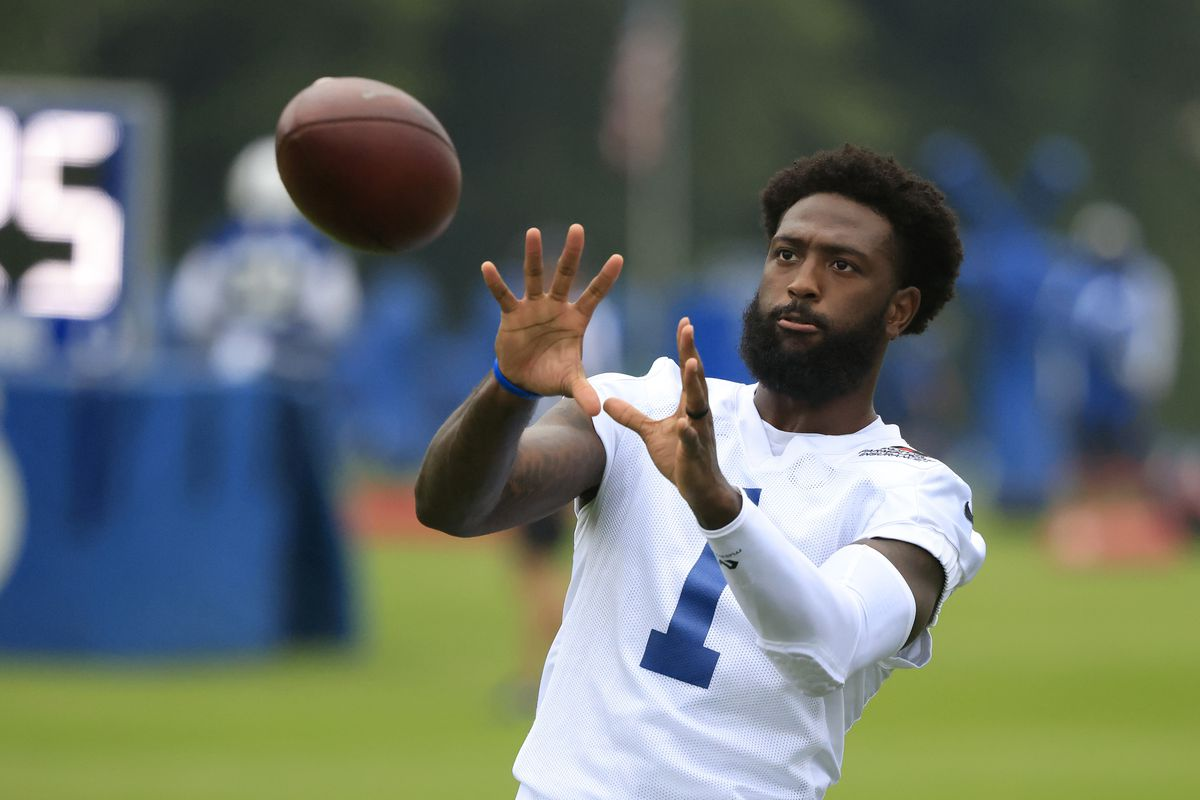 Parris Campbell #1 of the Indianapolis Colts warms up during the Indianapolis Colts Training Camp at Grand Park on July 29, 2021 in Westfield, Indiana.
