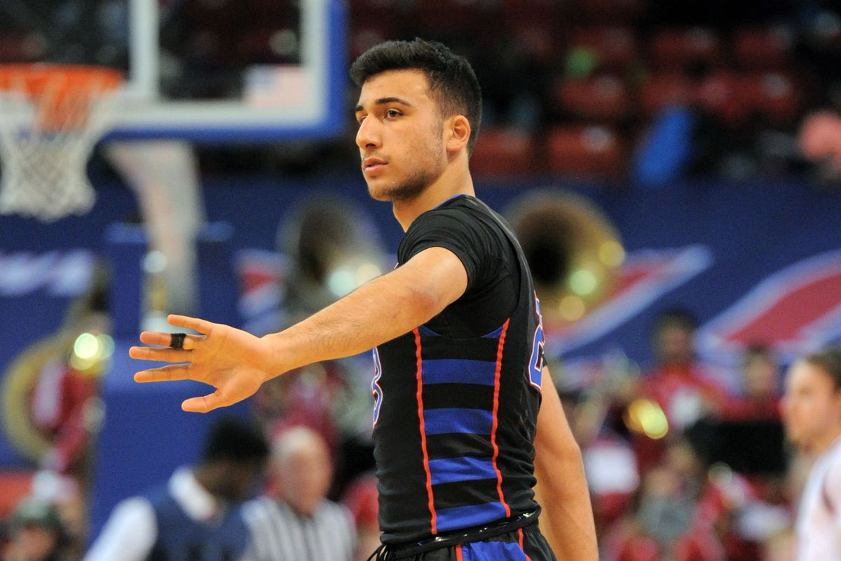 NCAA Basketball: DePaul at Illinois-Chicago