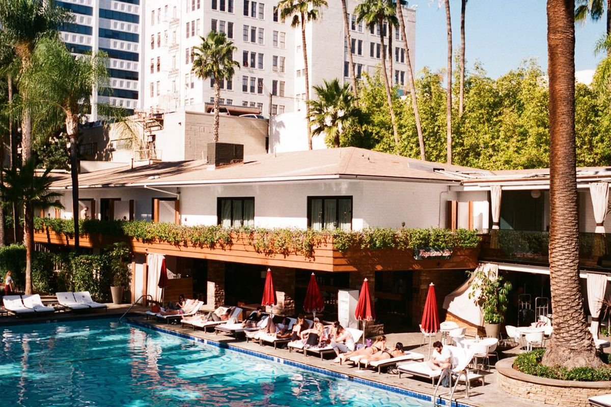 Hollywood roosevelt hotel gets in on the brunch game with for Roosevelt hotel san diego