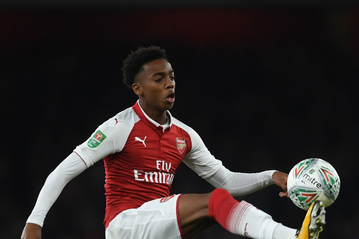 Willock signs new Arsenal deal