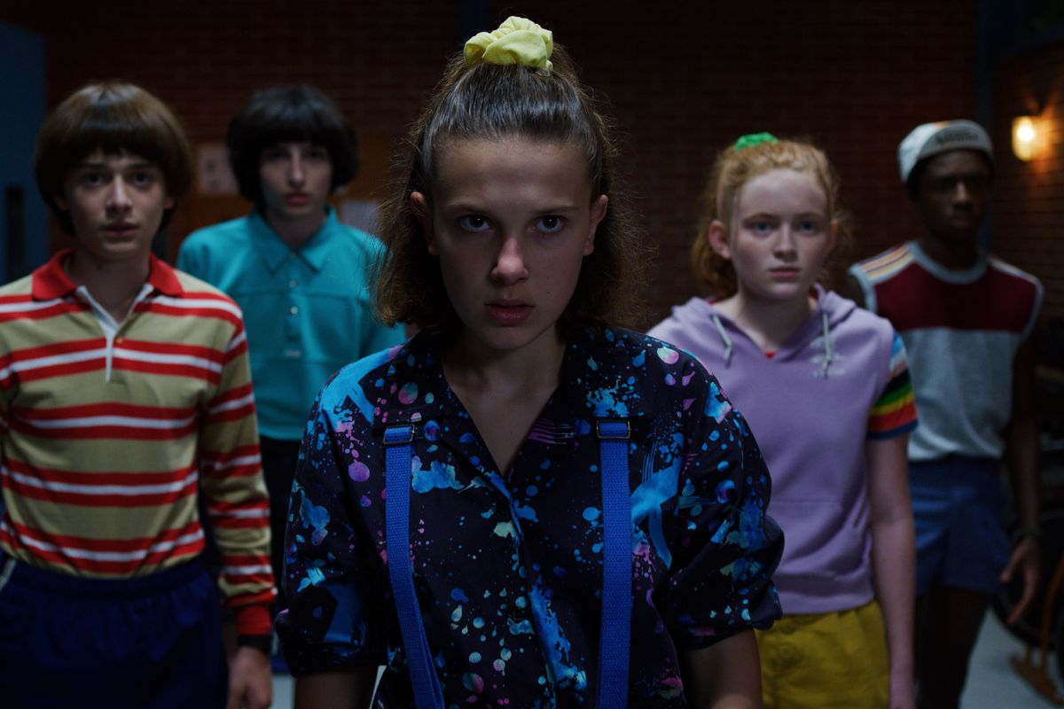 Stranger Things season 3 goes full Aliens with its action - The Verge