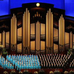 """The Mormon Tabernacle Choir was among the performers at """"Golden Days, A Celebration of Life,"""" on Friday."""