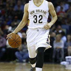 New Orleans Pelicans guard Jimmer Fredette drives with the ball during the second half of an NBA basketball game, Tuesday, Nov. 10, 2015, in New Orleans. The Pelicans won 120-105.