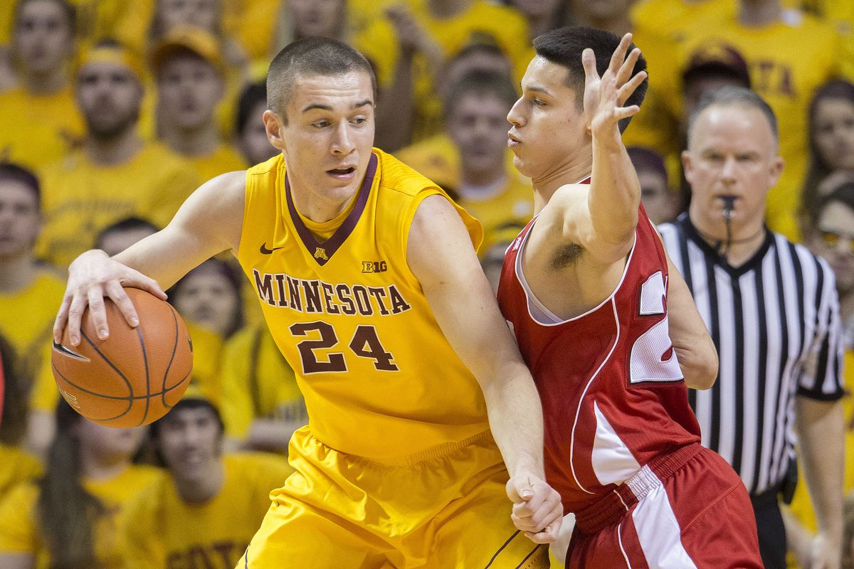 Joey King and the Gophers would extend their home winning streak to three with a win over Wisconsin.