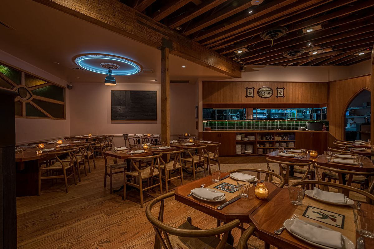 Venice S New Steakhouse American Beauty Goes Big On Dry