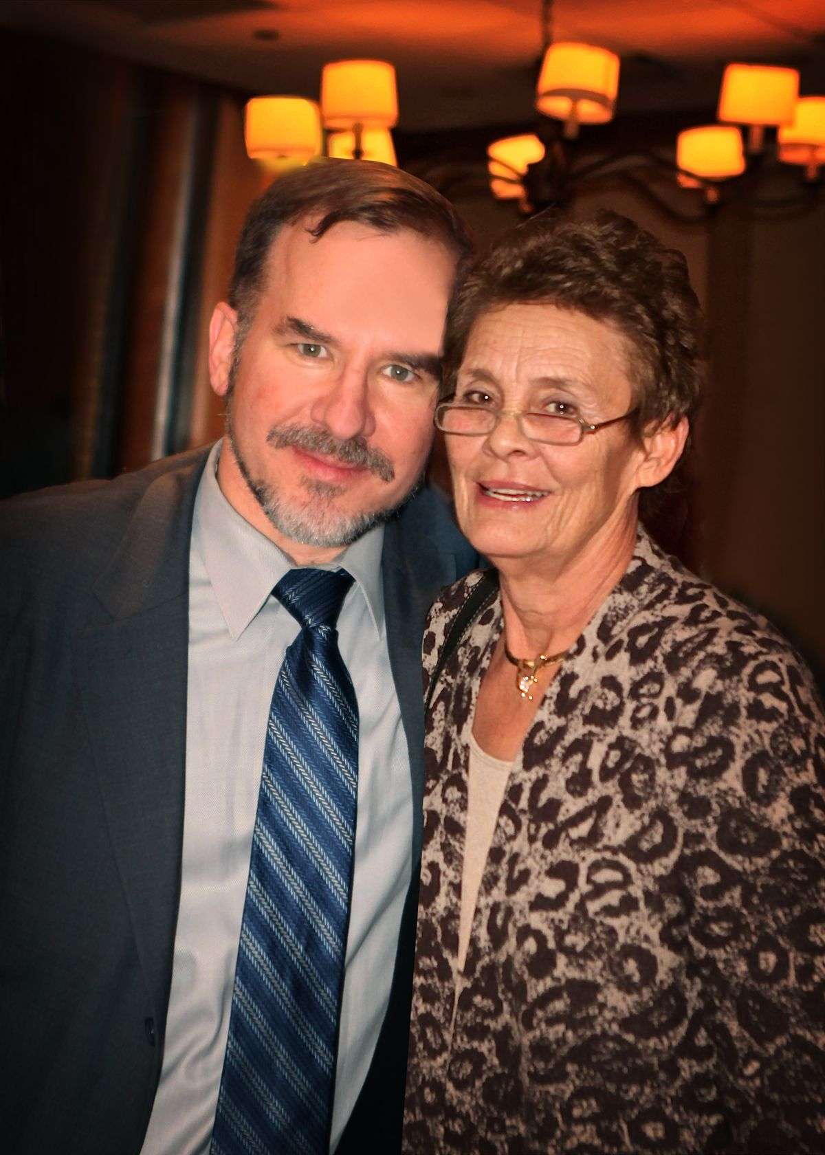 Neil Steinberg and Phyllis Smith at a book signing at Petterino's in 2012. | Provided