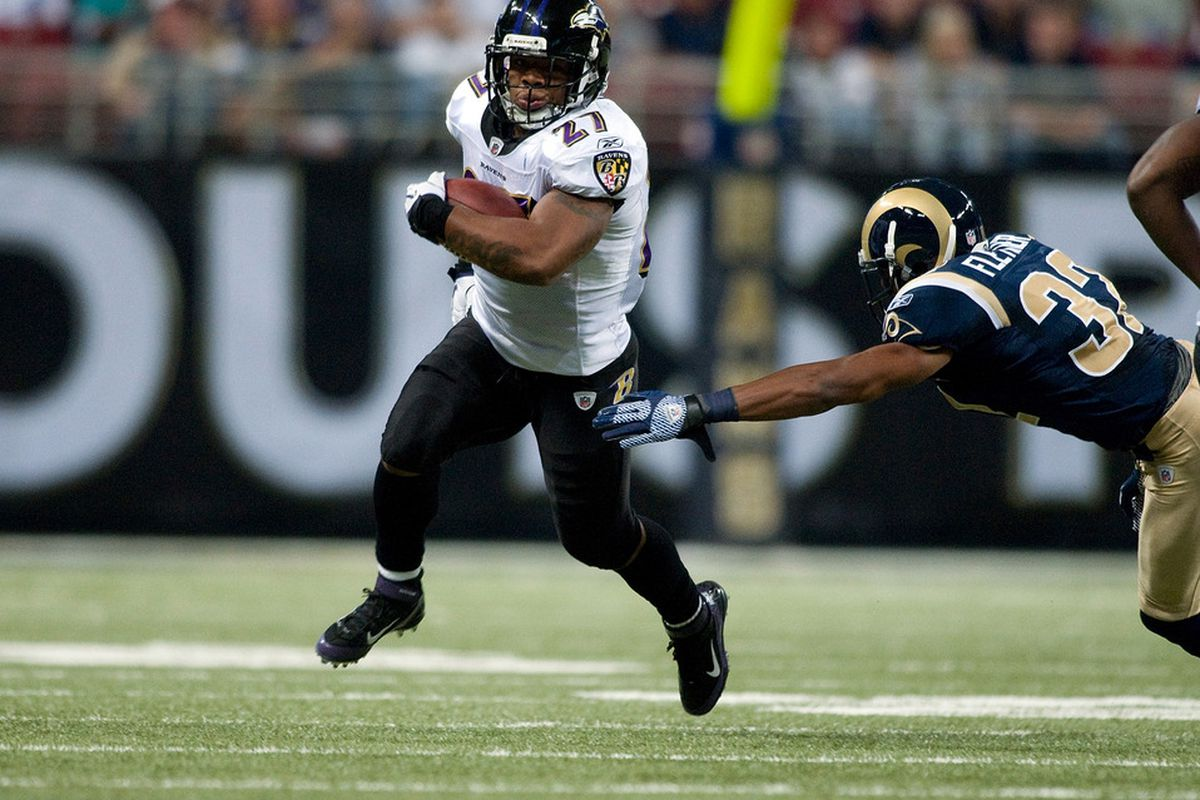 ST. LOUIS, MO - SEPTEMBER 25: Ray Rice #27 of the Baltimore Ravens runs past Bradley Fletcher #32 of the St. Louis Rams at the Edward Jones Dome on September 25, 2011 in St. Louis, Missouri. (Photo by Jeff Curry/Getty Images)
