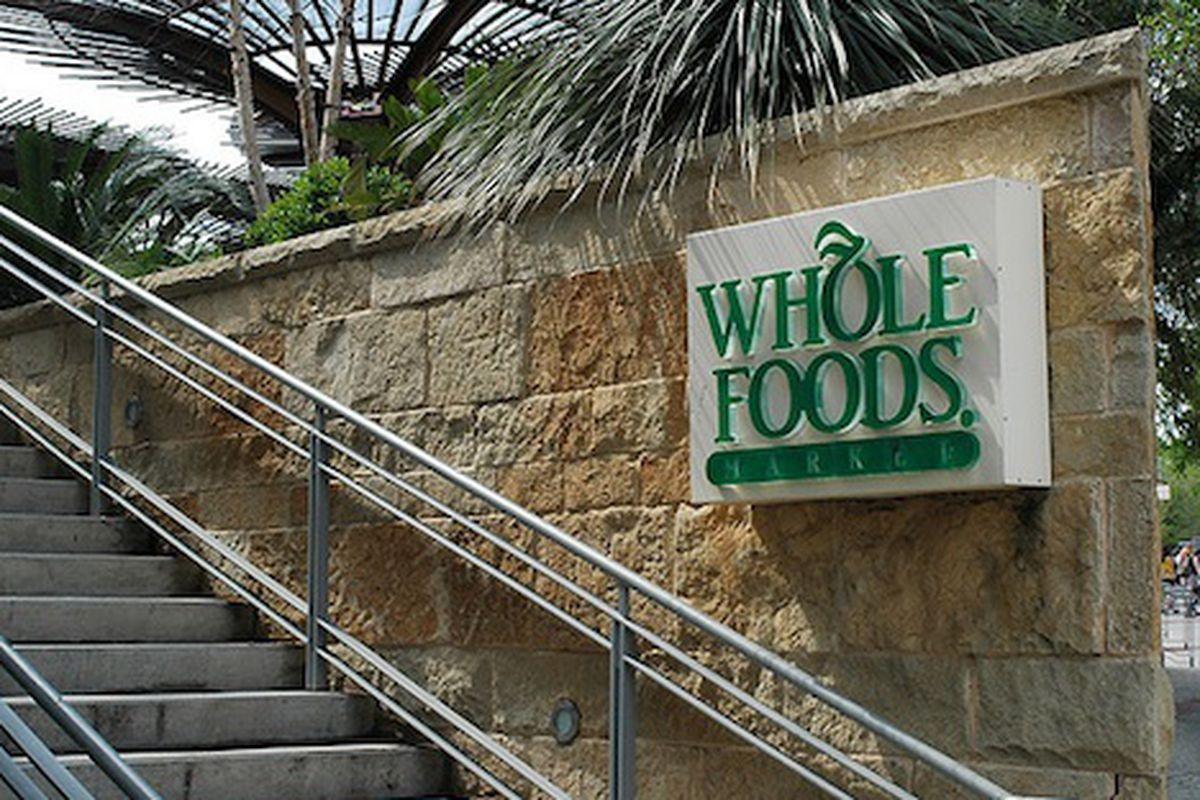 Whole foods employee quits with a gloriously insane email eater whole foods employee quits with a gloriously insane email expocarfo Choice Image