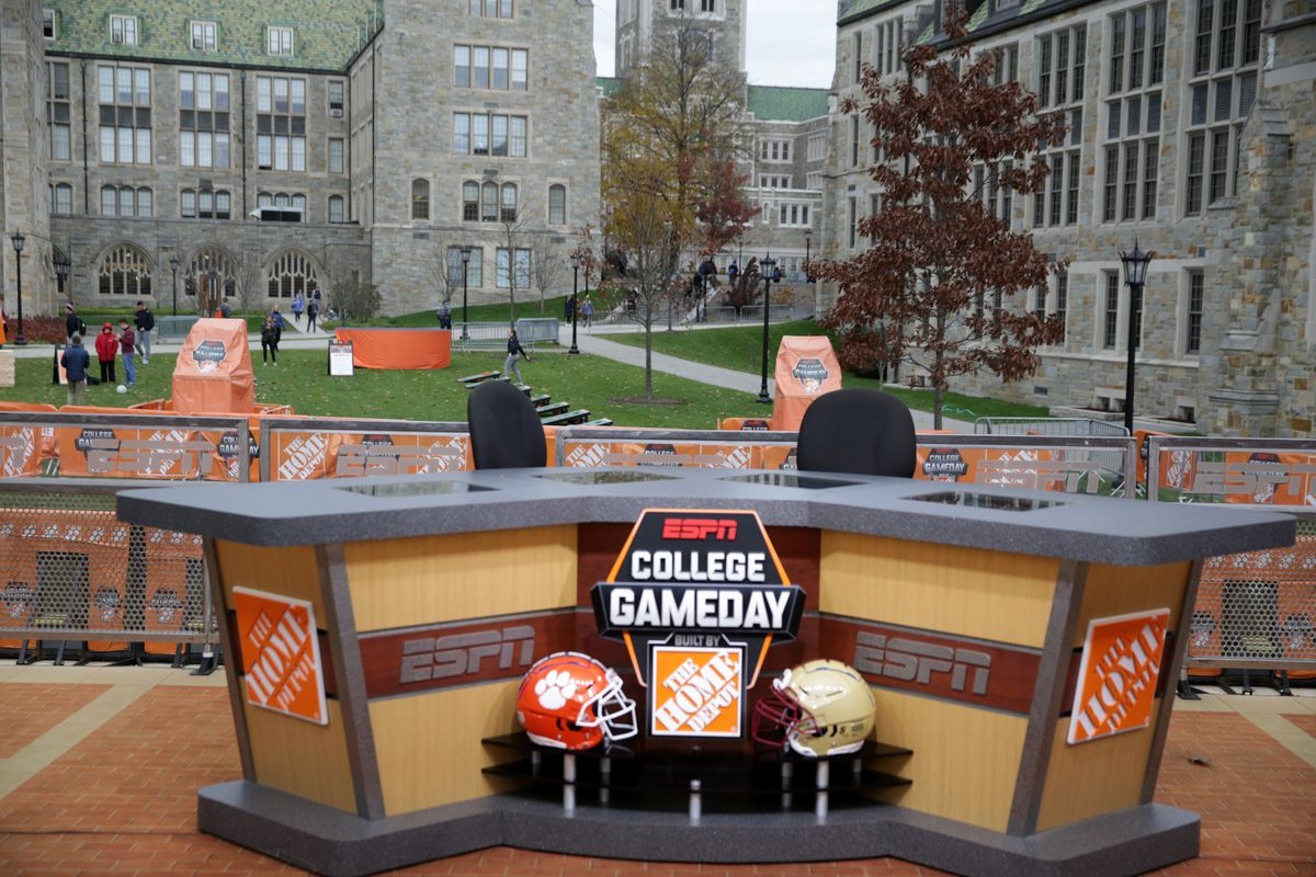 "ESPN's ""College GameDay"" Films At Boston College"