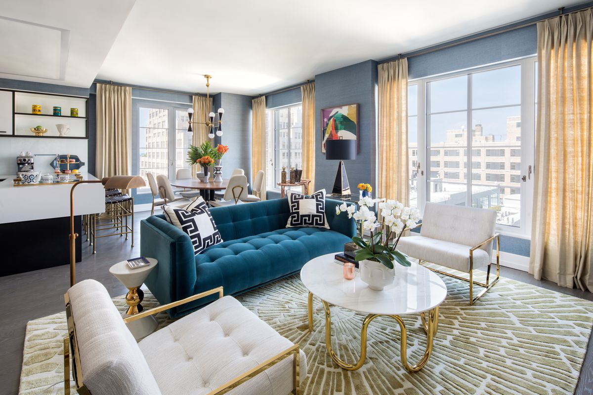 Jonathan adler designs a splashy model apartment for for Interior design 70s house
