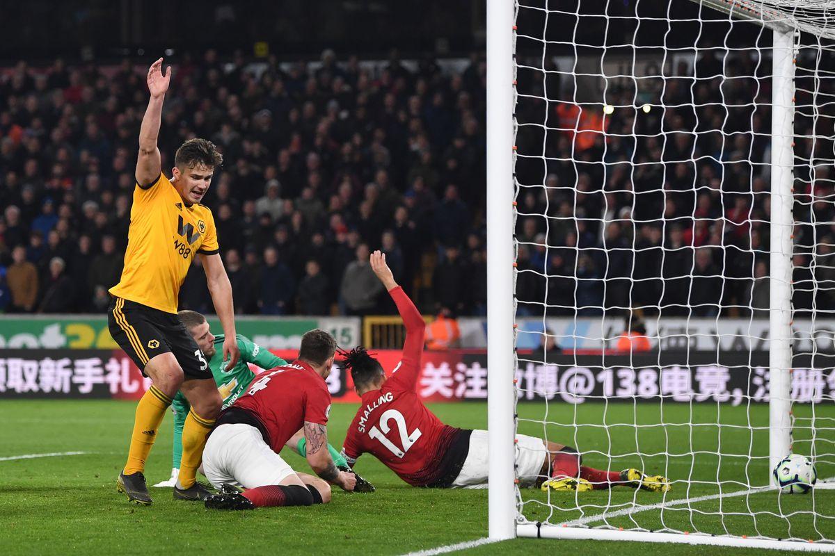 Wolverhampton Wanderers v Manchester United - Premier League