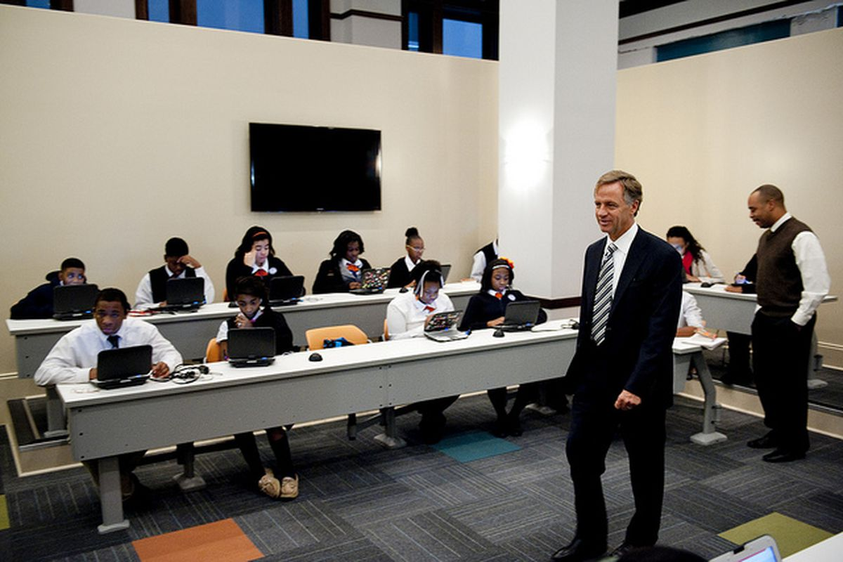 Gov. Bill Haslam visits a school in Memphis in 2012 in the Achievement School District. The governor's administration supports expanding enrollment options for the state-run district.