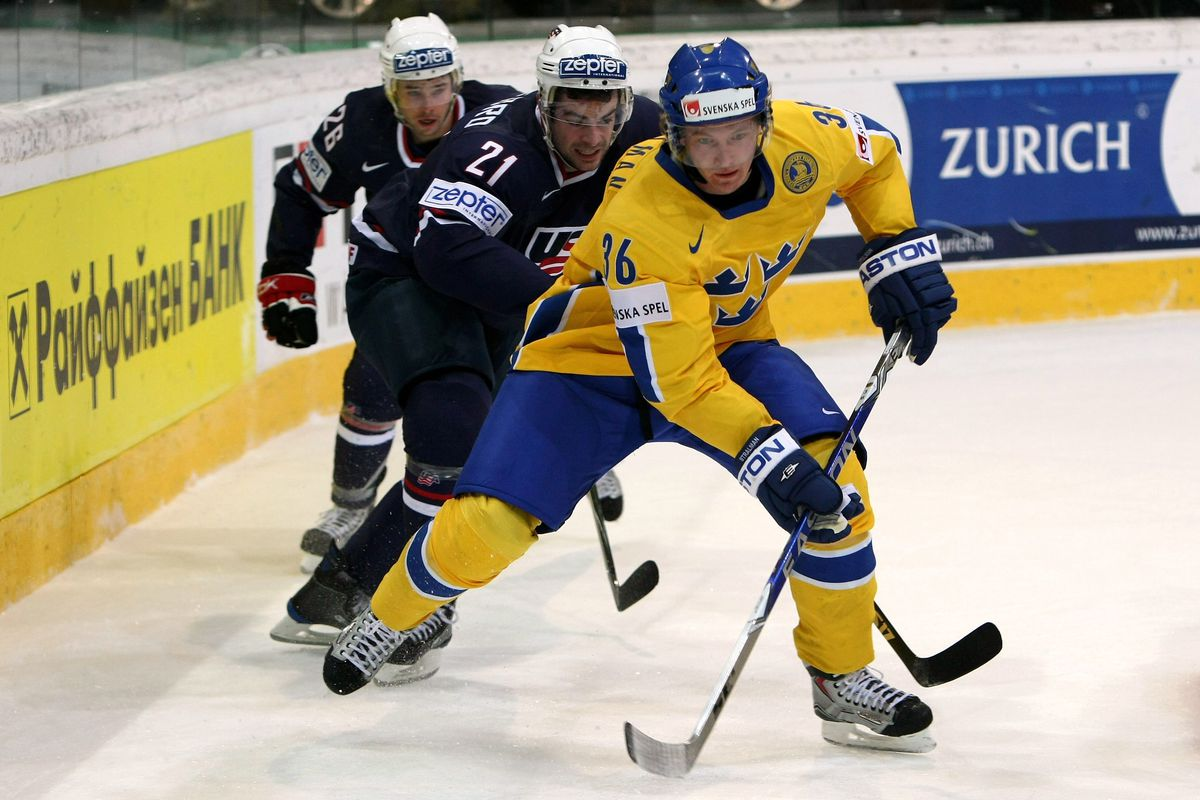 Sweden v USA - IIHF World Championship