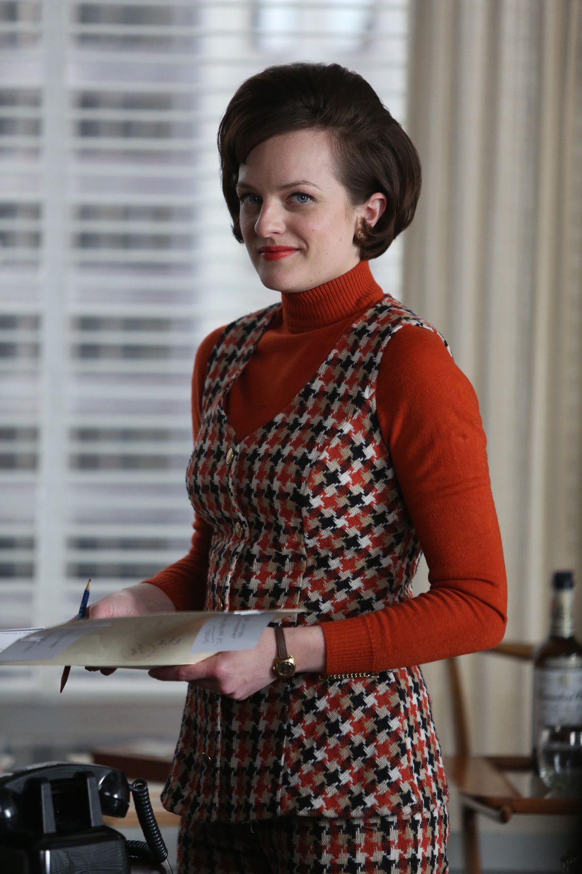 Elisabeth Moss as Peggy Olson in season 6, episode 13 of Mad Men.
