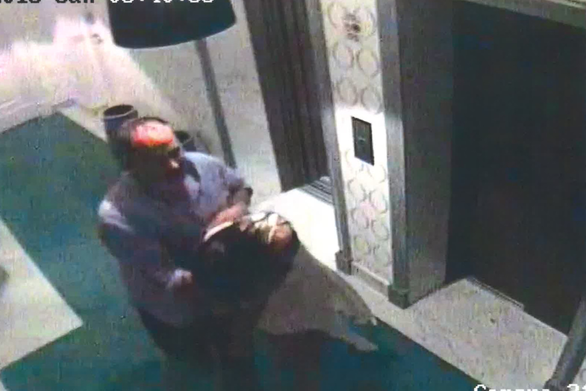 Video surveillance allegedly shows Thomas Kane carrying Sahra Isla to his hotel room in Capri, Italy on July 1, 2018.