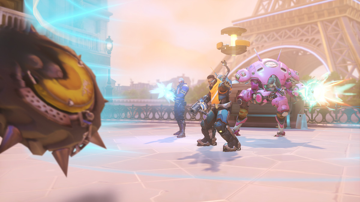 Overwatch - Baptiste defends his team with an Immortality Field.
