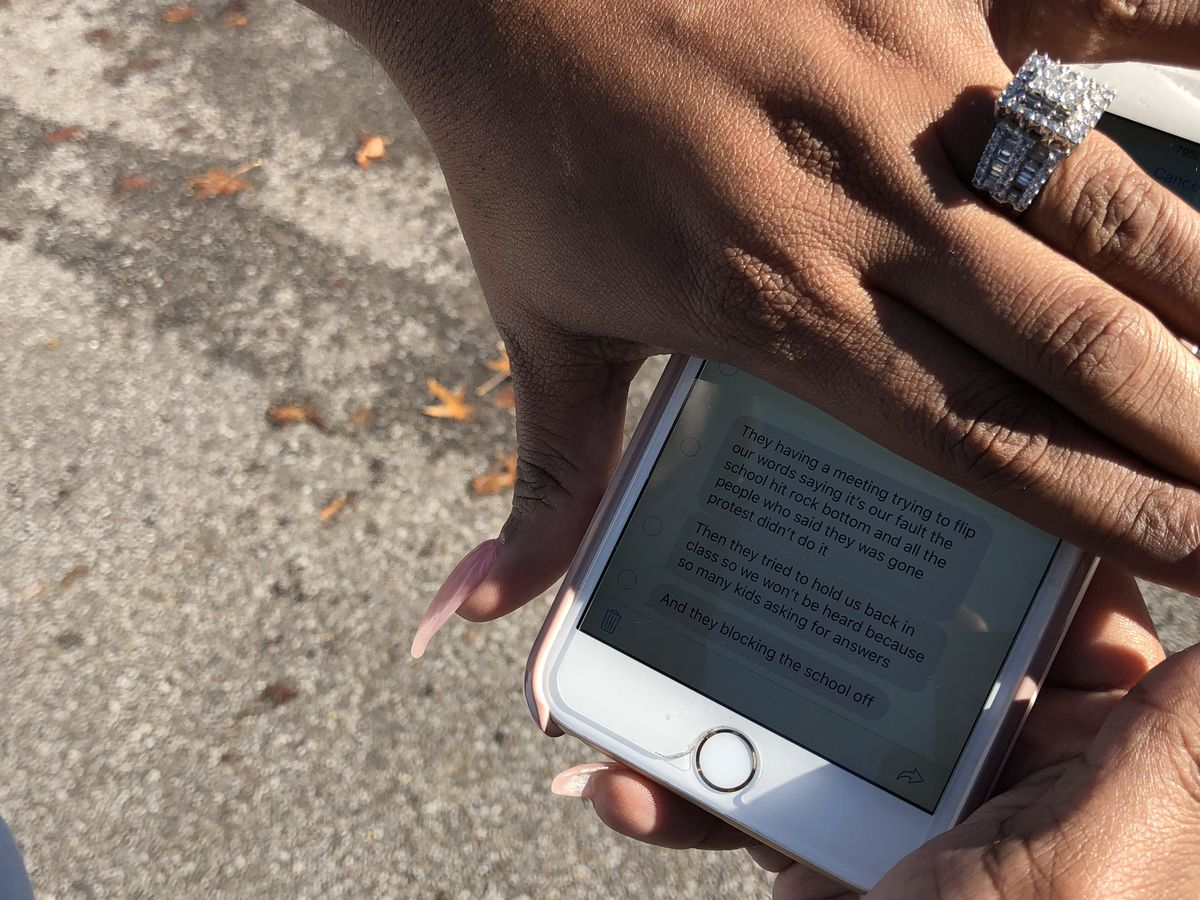 Nicole Smith shares text messages from her daughter, which prompted her to come to the school.