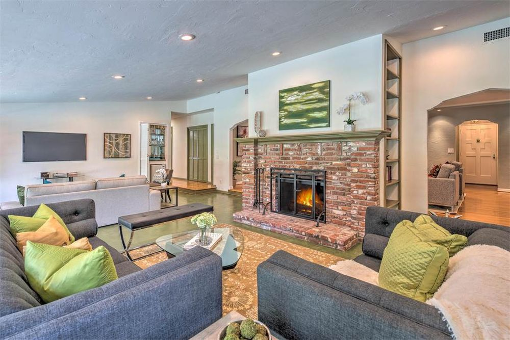 Second living room with fireplace