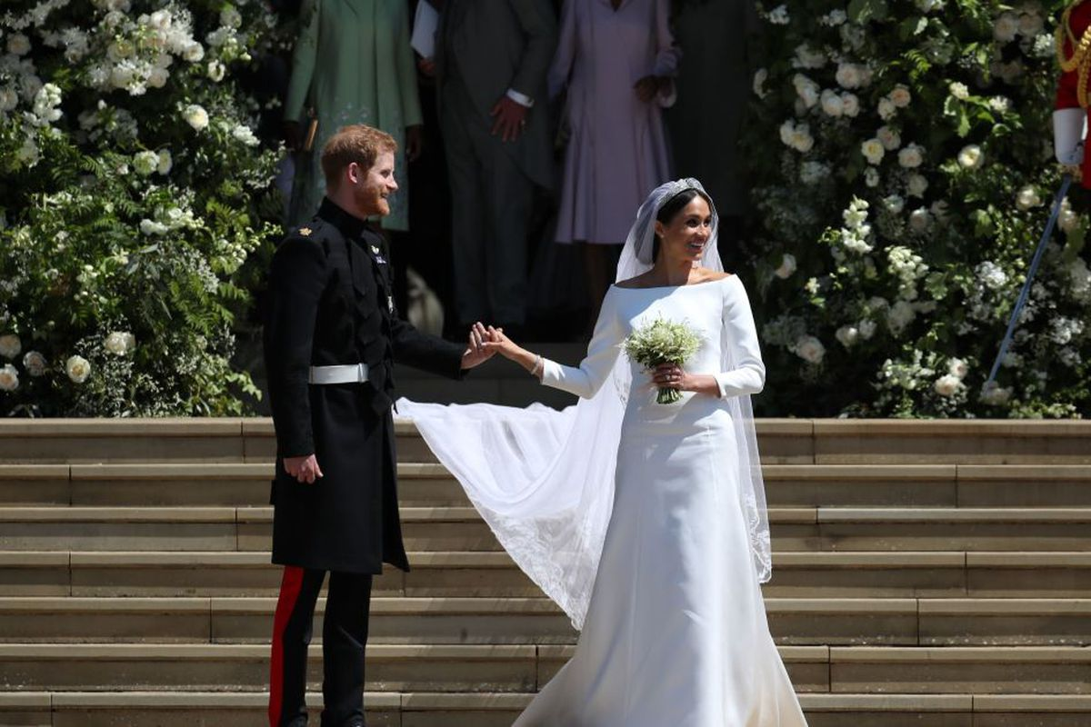 Meghan Markle Wedding Pictures.Photos Meghan Markle S Wedding Dress Chicago Sun Times