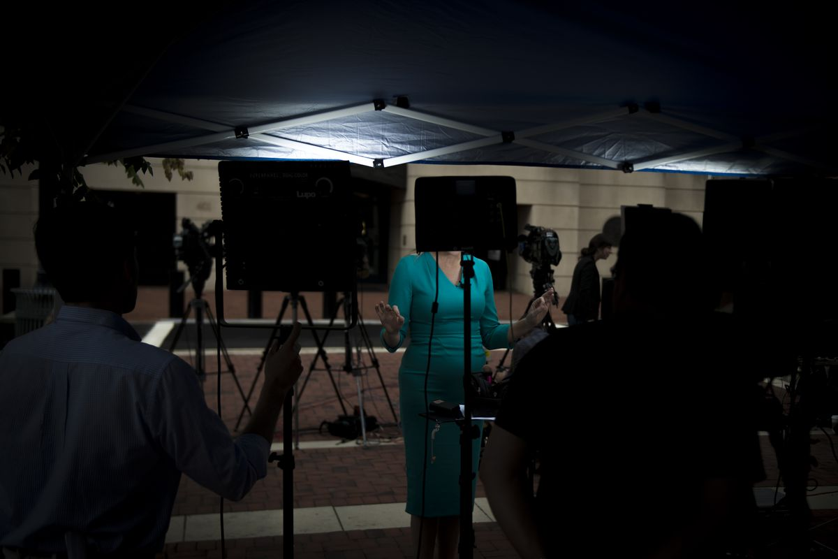 NY1 lawsuit: 5 news anchors sue over age and gender discrimination - Vox