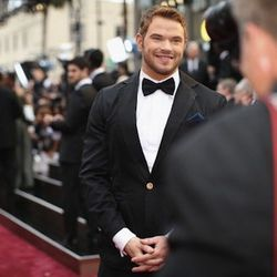 """""""<strong>Kellan Lutz</strong>. I hated everything about his look because it was totally inappropriate for the Oscars. It reminded me of something more for the Grammys. The suit was super ugly, with the blue accent piping and that weird button that stood o"""