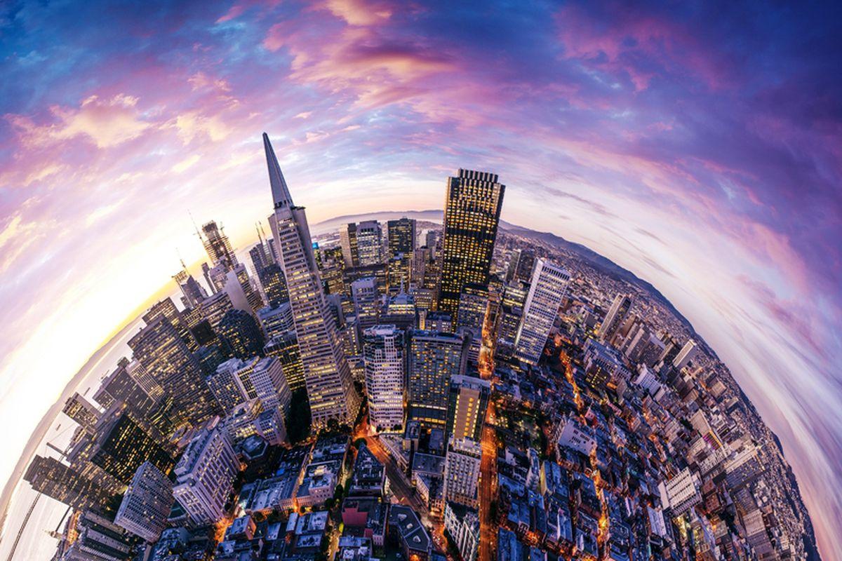 A panorama photo of the San Francisco skyline.