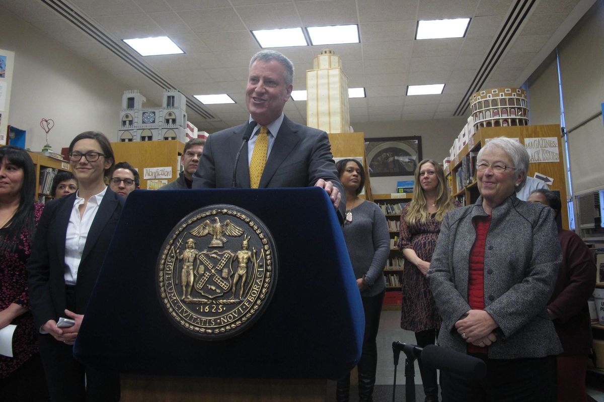Mayor Bill de Blasio announces the city's plan to lift the ban on students bringing cell phones to schools.