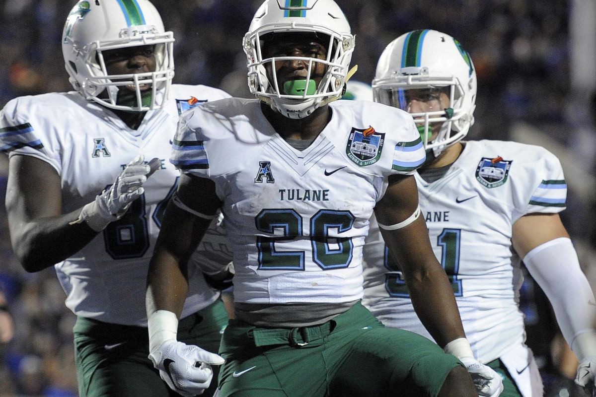 Dontrell Hilliard of Tulane looks to grab the second Doak Award for the Underdogs