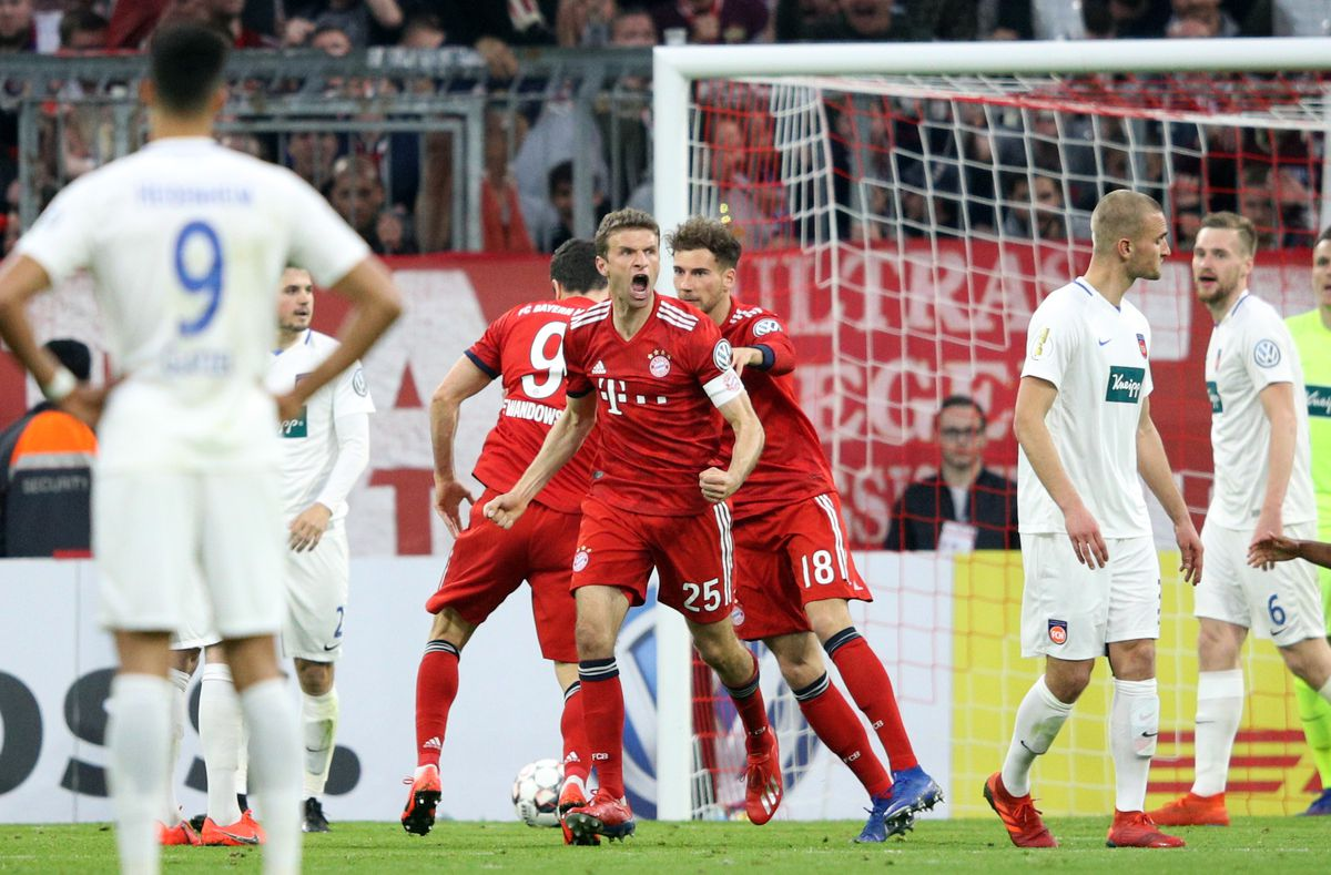 Bayern Muenchen v 1. FC Heidenheim - DFB Cup MUNICH, GERMANY - APRIL 03: Thomas Mueller of Muenchen celebrates his team's second goal during the DFB Cup quarterfinal match between Bayern Muenchen and 1. FC Heidenheim at Allianz Arena on April 03, 2019 in Munich, Germany.