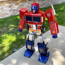 Here's Optimus standing up.