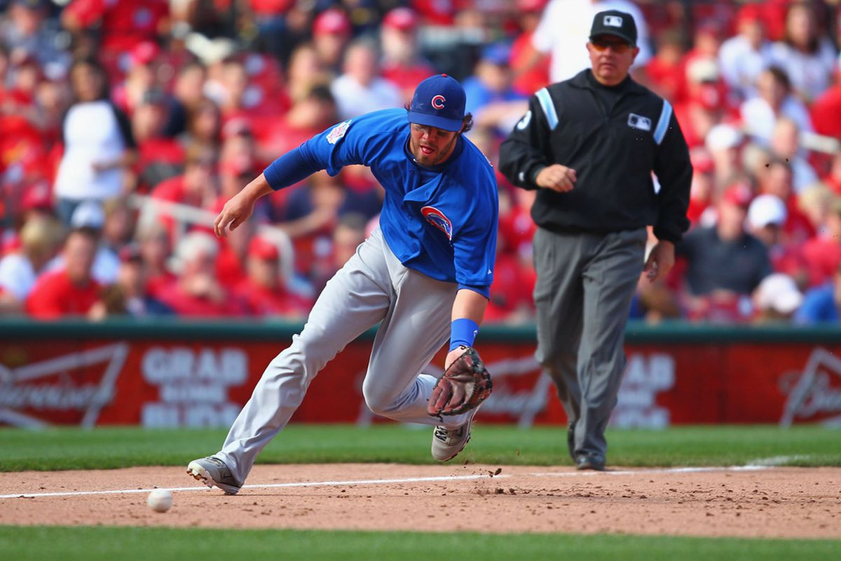 ST. LOUIS, MO - APRIL 14: Ian Stewart #2 of the Chicago Cubs fields a ground ball against the St. Louis Cardinals at Busch Stadium on April 14, 2012 in St. Louis, Missouri.  (Photo by Dilip Vishwanat/Getty Images)