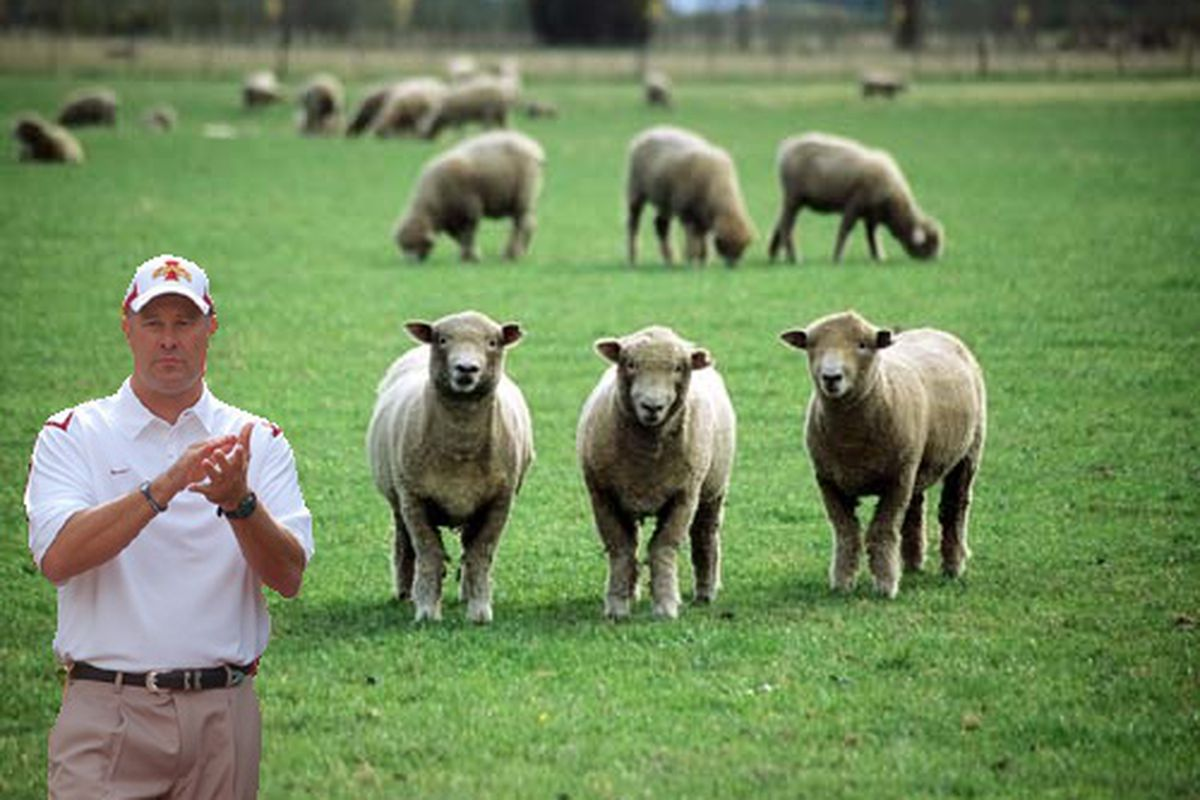 Paul Rhoads addresses the Iowa State fanbase.