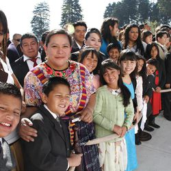 Guatemalan members gather outside the temple awaiting the arrival of President Dieter F. Uchtdorf and other general authorities.