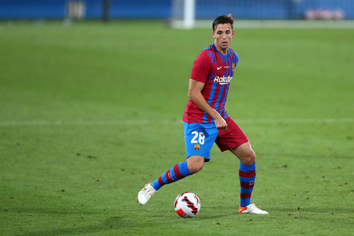 Nico Gonzalez of Fc Barcelona in action during the Joan...