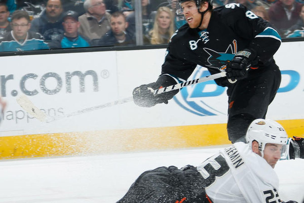 Sharks sink the high-flying Ducks within the first period