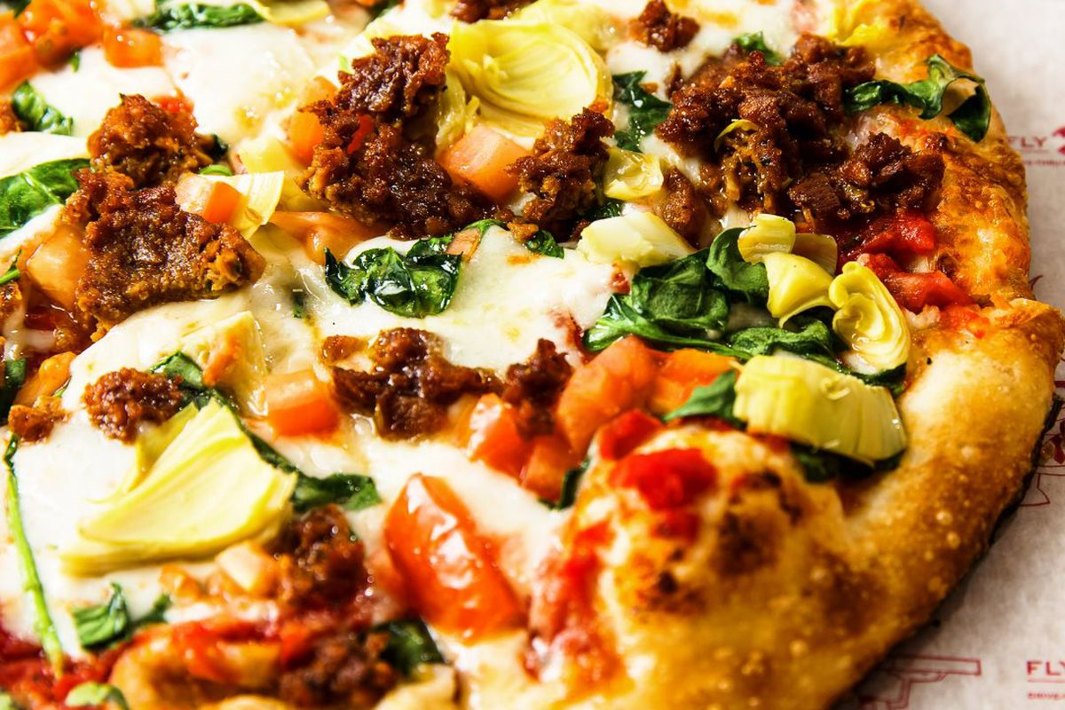 A pizza with Impossible and Beyond Meat