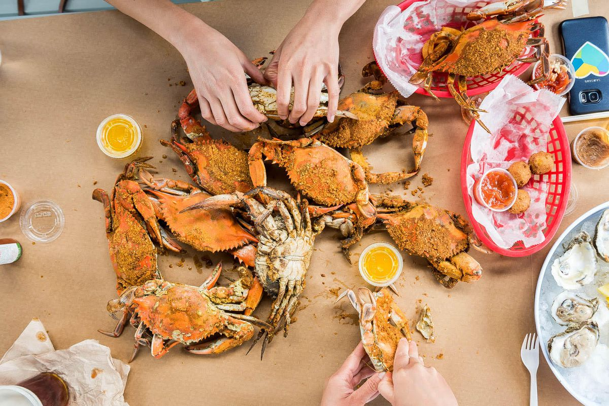 A crab spread at L.P. Steamers