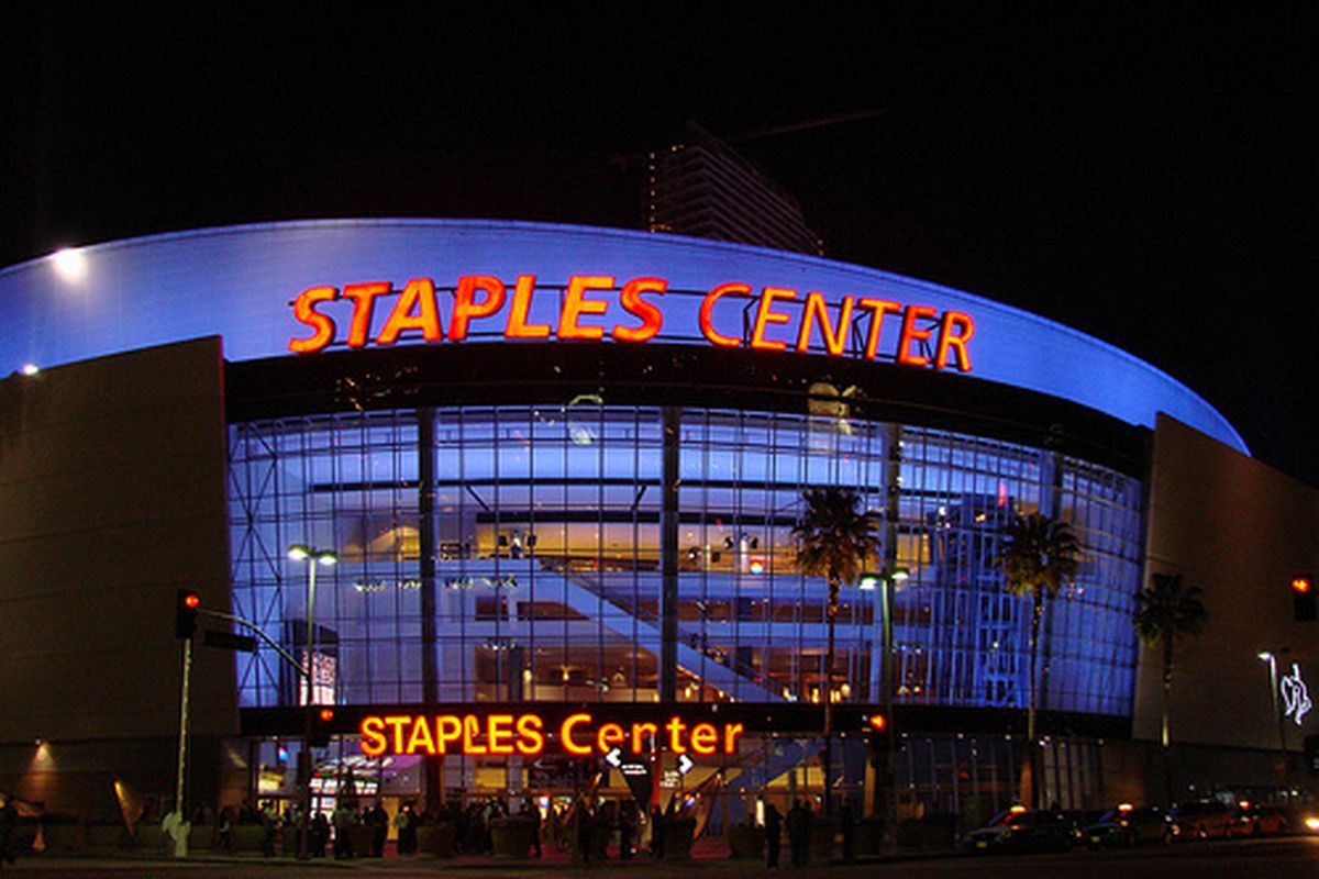 What To Eat At Staples Center Home Of The La Lakers
