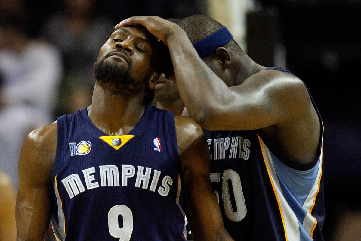 Memphis Grizzles v San Antionio Spurs - Game One
