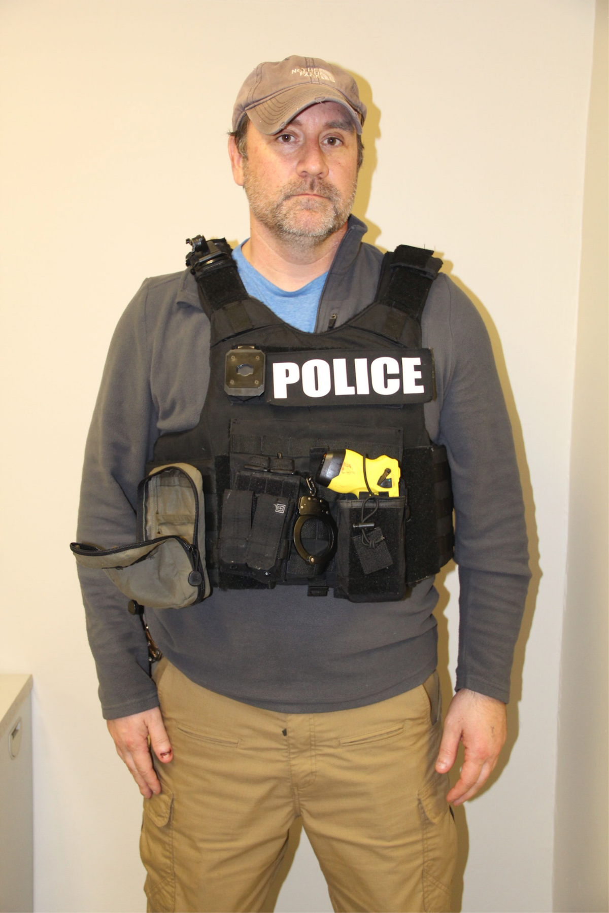 Photos Show One Officer Wore A Body Camera During Breonna Taylor Raid Revolt
