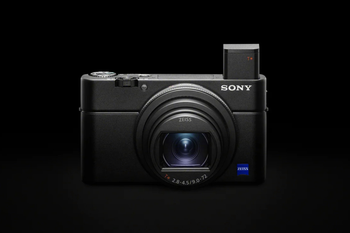 """9c57335e3a9 ... but the company is already back with an updated model called the RX100  VII. (Technically, it's called the """"Cyber-shot DSC-RX100 VII,"""" but ..."""
