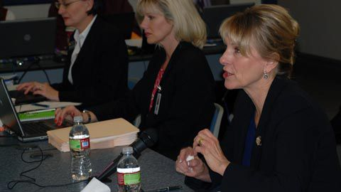 Lt. Gov. Barbara O'Brien briefed the State Board of Education on Race to the Top on Nov. 12, 2009.